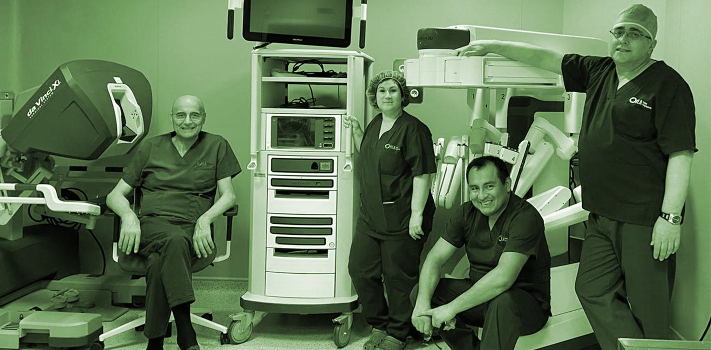 Doctores Jesús Cisneros, Susana Sánchez, Luis Lindo y Ángel Tabernero, miembros del equipo del servicio de Urología de HLA Universitario Moncloa.